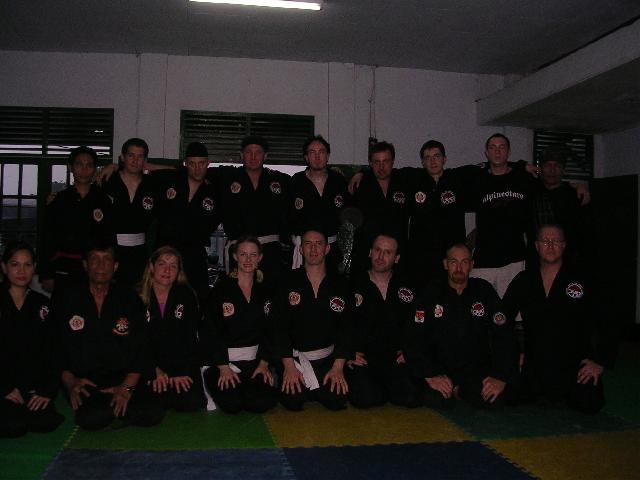 groupclassindo2005.jpg